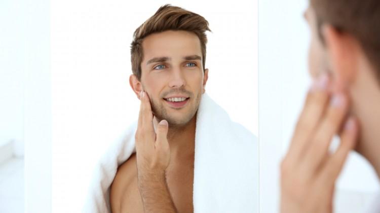 Erkeklerde Yüz ve Boyun Estetiği